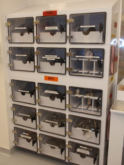Stainless Fittings Cabinet